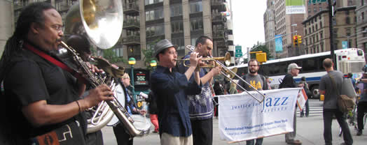 Jazz musicians, union staff and supporters spread the word about Local 802's Justice for Jazz Artists campaign, in a musical rally and demonstration over the summer.