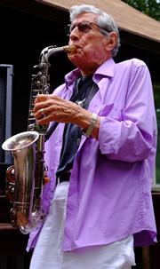 Gil Barretto
