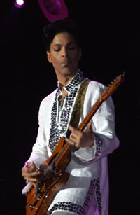 Prince in 2008. The singer and guitarist died on April 21 at the age of 57. He had been a member of AFM Local 30-73 (Minneapolis - St. Paul). Photo by Penner via Wikipedia